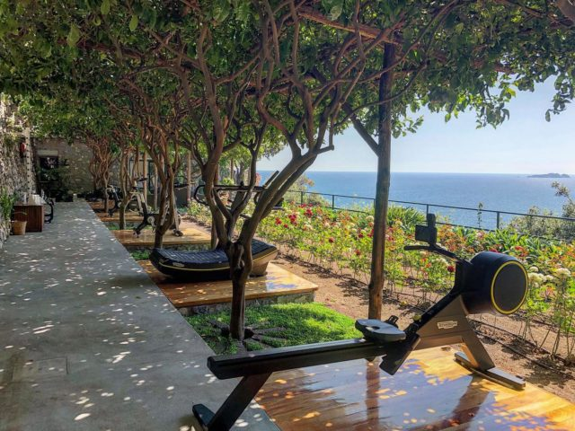 Don't just stop and smell the roses, have a scenic workout while you do. Our outdoor gym allows for all the fresh air and space you could hope for, plus an incomparable view. #ilsanpietrodipositano #outdoorgym #exerciseoutside #relaischateaux #positano #amalficoast