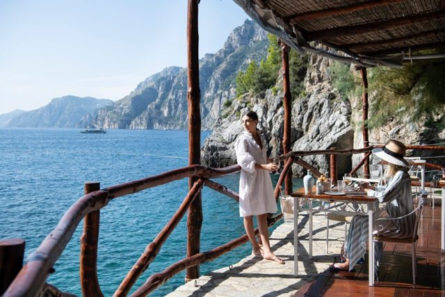 Sunday goals at the San Pietro.Le domeniche che ci piacciono al San Pietro. #deliciousjourneys #carlinorestaurant #ilsanpietrodipositano #relaischateaux #positano #amalficoast